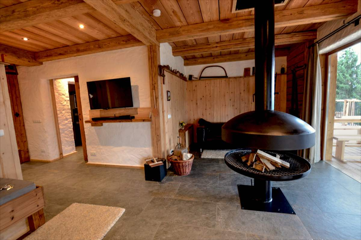 BienenAlm - Luxury chalet - swisspine wood - open fireplace