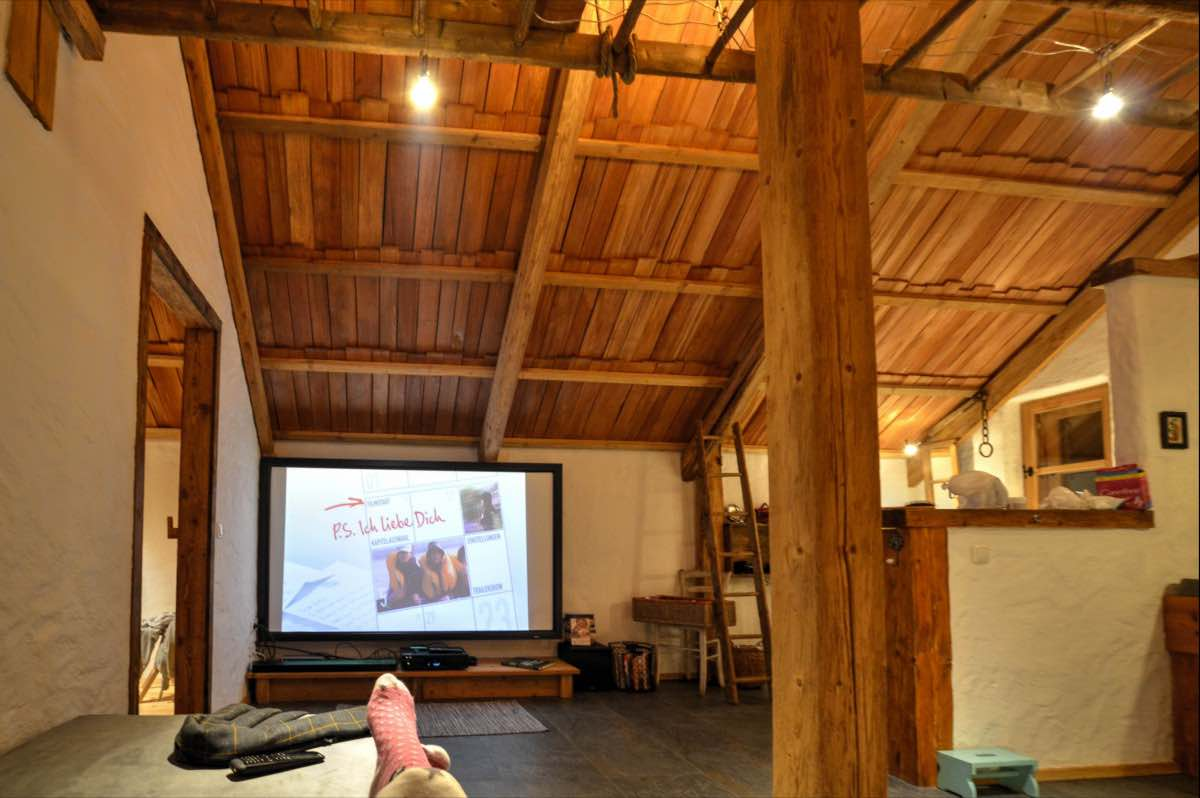 BienenAlm - Chalet - cinema - multiroom surround system