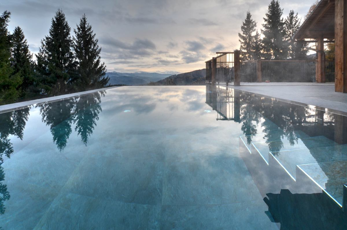 Waldhaus Pool Stimmung Mr. Grey