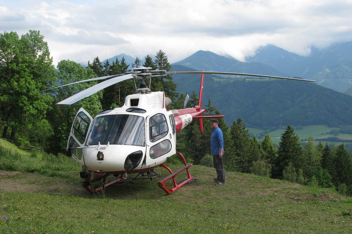 Luxury Chalet in Austria - arrival by helicopter - own helicpoter landig field